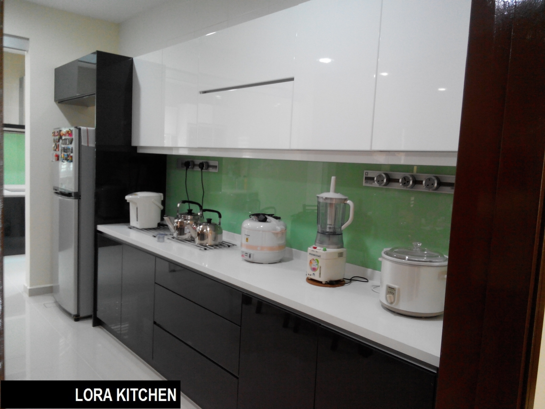 Kitchen wardrobe renof gallery for Kitchen wardrobe