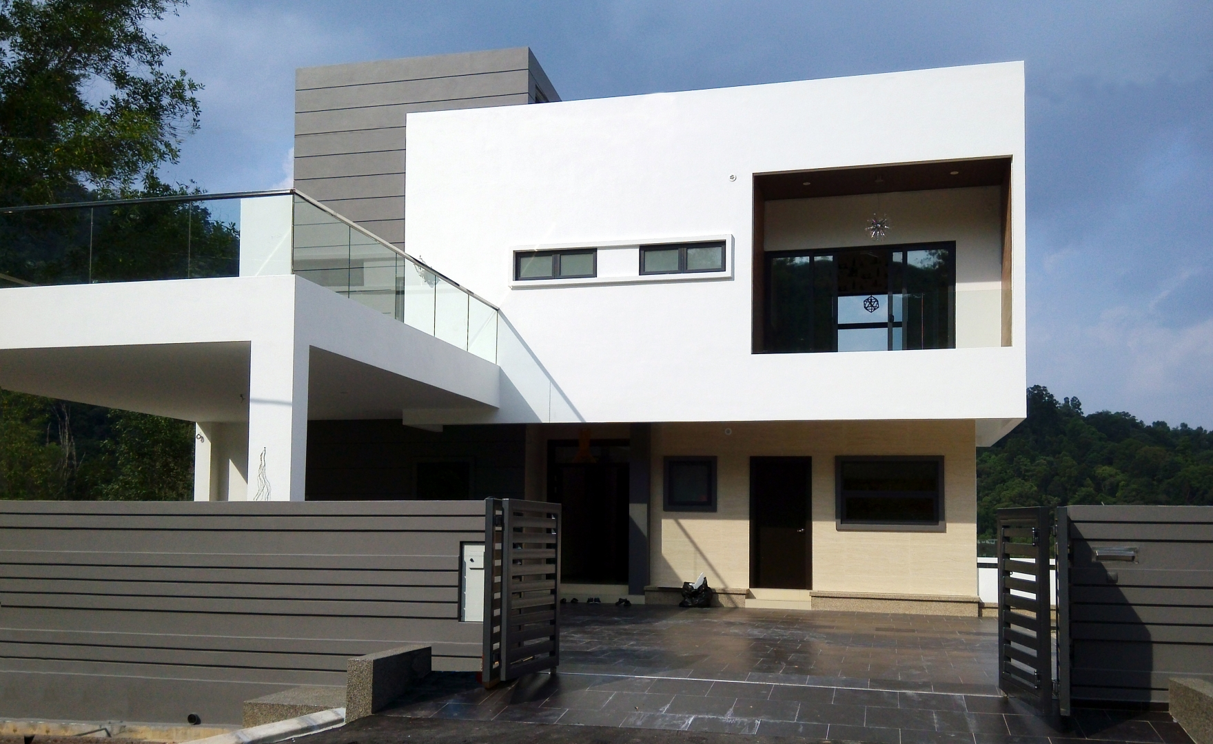 L residence at meru valley golf country club ipoh for Small house design malaysia